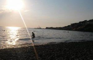 Yunanistan'dan yüzerek kaçan eski bakan denizde ölü bulundu