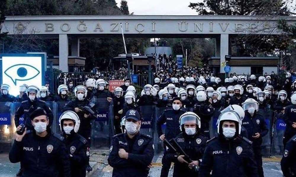 Boğaziçi'nde öğrencileri dövün parası dağıtıldı iddiası
