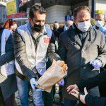 Esenyurt'ta 'ücretsiz halk ekmek' dağıtıldı