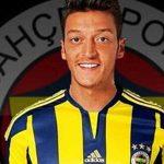 Mesut Özil Fenerbahçe'de!