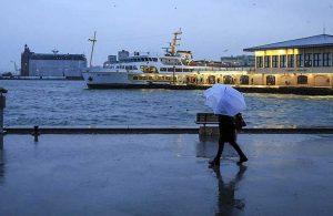 Kuraklık tehlikesi altındaki kente yağan yağmur İstanbulluları sevindirdi