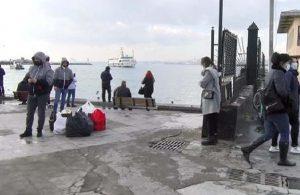 Kadıköy'de vapurdan suya atlayan yolcuyu başka bir yolcu kurtardı