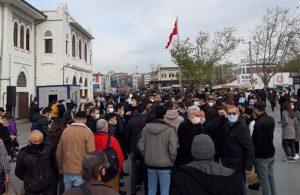 Boğaziçi öğrencileri Kadıköy'de alkışlarla karşılandı