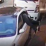 Otomobillerin camlarını kırarak hırsızlık yaptı! O anlar böyle görüntülendi