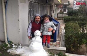 Pes artık dedirtecek olay: Kızıyla birlikte yaptığı kardan adam çalındı