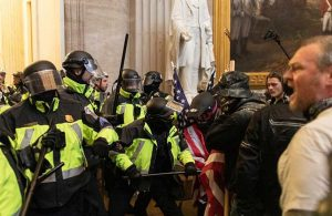 Beyaz Saray'dan Kongre işgalinde ölen polis için başsağlığı mesajı