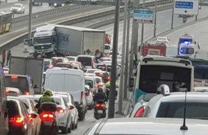 E-5'te TIR kazası… Trafik durma noktasına geldi