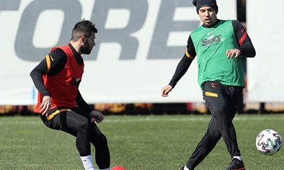 Galatasaray'da Feghouli sahaya iniyor!