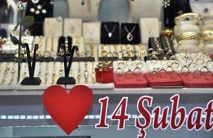 Kuyumcular, hafta sonu kısıtlamasına denk gelen Sevgililer Günü'ne özel izin bekliyor