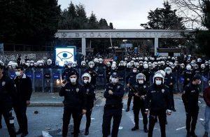 Boğaziçi Üniversitesi'ne hafta sonu girişler yasaklandı