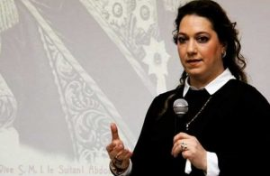 'Kahrolsun istibdat, yaşasın hürriyet!' sloganı, 2. Abdülhamid'in torununu rahatsız etti