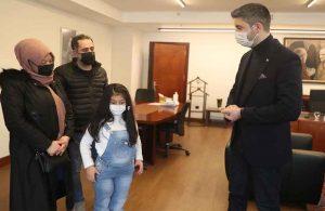 Mucize çocuk Azra'dan, Başkan Gökhan Yüksel'e ziyaret