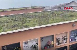 İtalya'da toprak kayması böyle görüntülendi