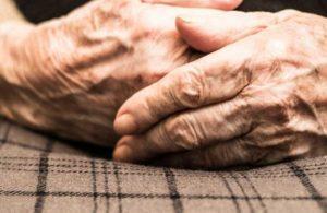 Japon bilim insanları yaşlılığı durdurabildiklerini duyurdu