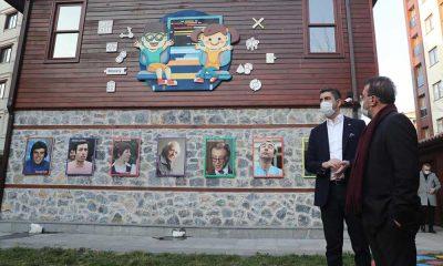 Nebil Özgentürk'ten Rıfat Ilgaz Eğlenceli Çocuk Kütüphanesi'ne ziyaret
