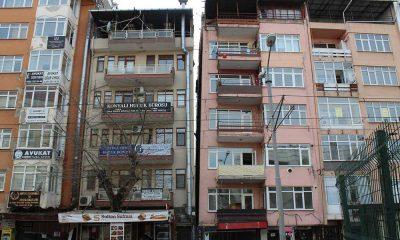 17 Ağustos depreminde hasar göre 26 bina, 22 yıl sonra yıkılacak