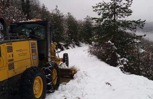 Bartın'da, 58 köy yolu kardan kapandı, 2 ilçeye elektrik verilemiyor