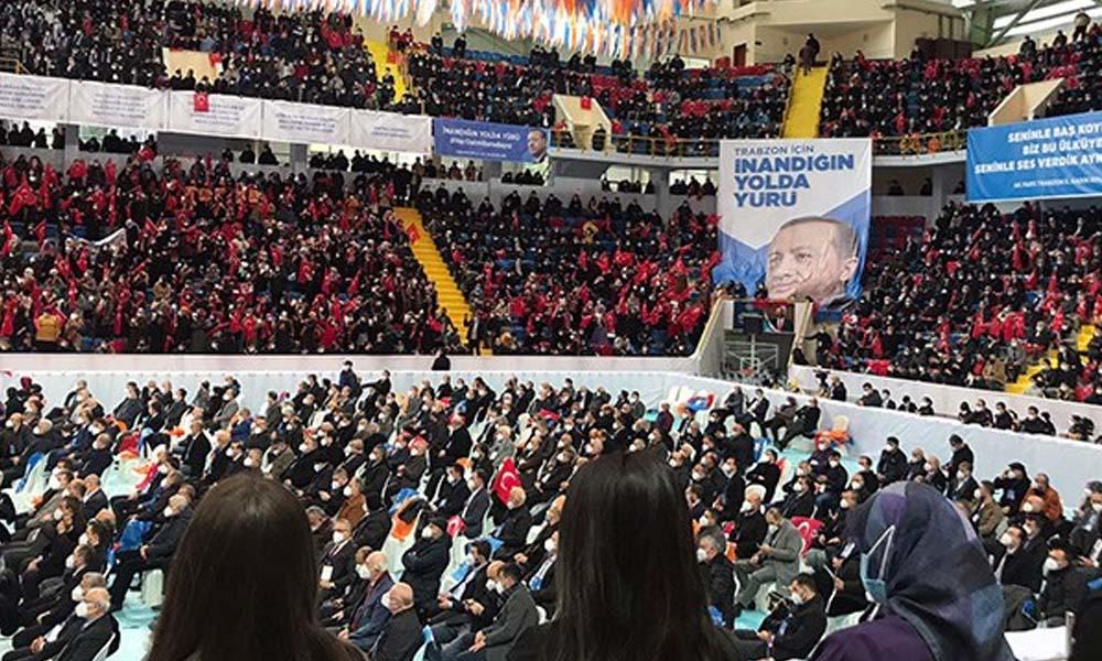 İşte Erdoğan'ın tepkilere rağmen kongrelere devam etmesinin nedeni