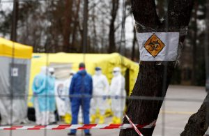 Almanya koronavirüs varyantına karşı sınır kapılarını tutuyor