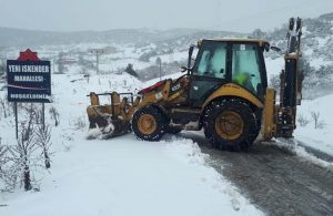 Balıkesir'de 57 mahalle yolu, kar nedeniyle ulaşıma kapandı