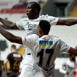 Beşiktaş evinde Denizlispor'u farklı geçti