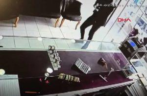 Pompalı tüfekli kuyumcu soygunu güvenlik kamerasına yansıdı