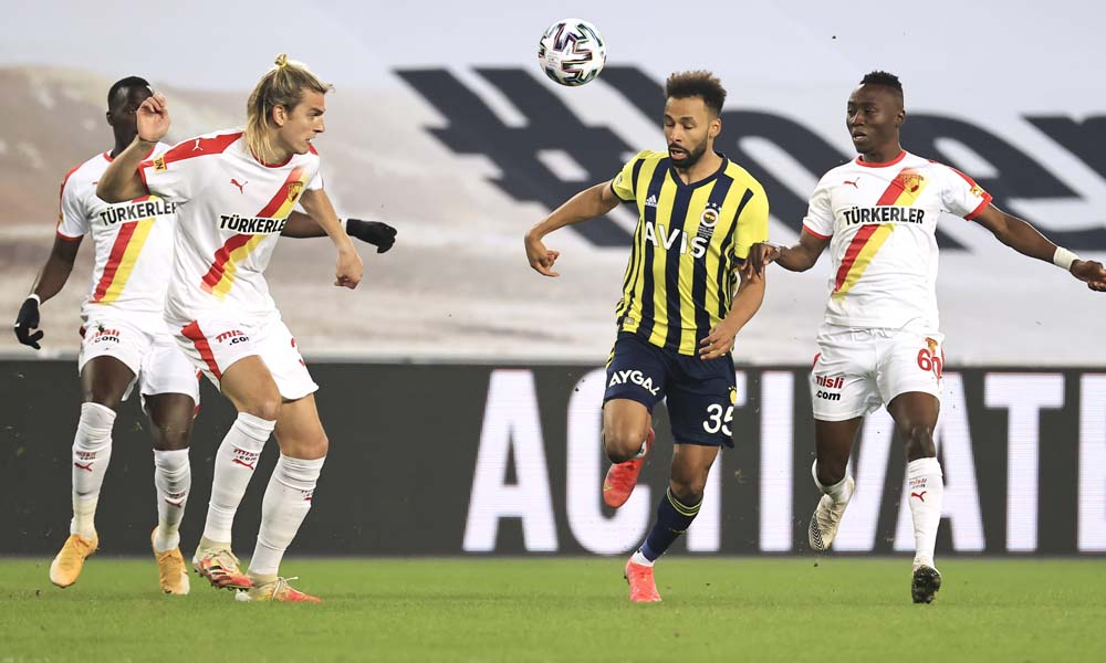 Fenerbahçe, sahasında kaybetti