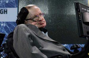 Stephen Hawking'in en yakın arkadaşı: Uzaylılar Dünya'ya 5 yıl önce indi