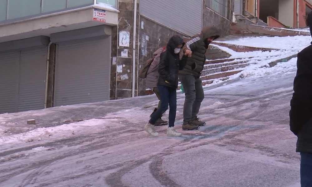 Buz tutan yollarda kayıp düşenler dikkat! Uzmanından uyarılar geldi