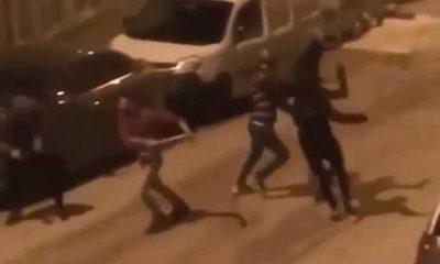 Sokak ortasında sopalı kavga
