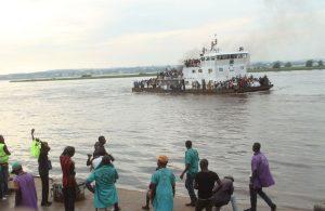 Kongo'da gemi battı: 60 kişi can verdi, yüzlerce kişi kayıp