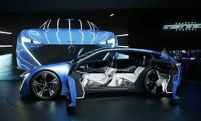 Peugeot yeni logosunu tanıttı