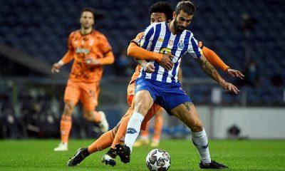 Porto, evinde Juventus'u devirdi
