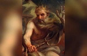 Fransa'da denizdeki dev dalgada Poseidon'ın silüeti belirdi