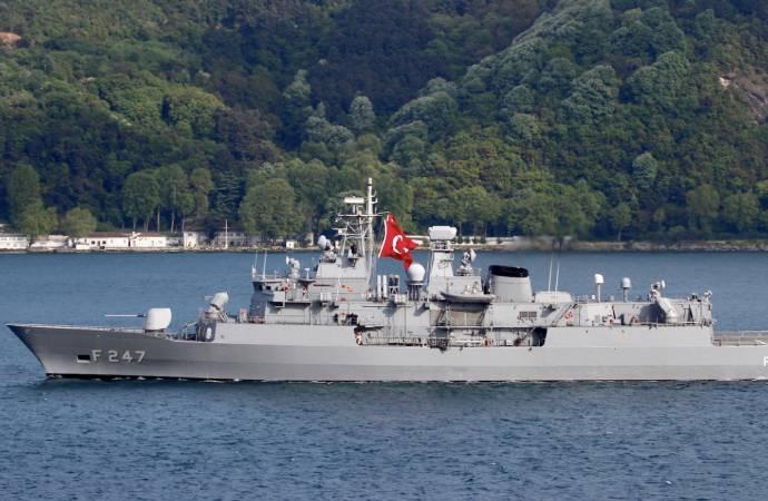 """Ege'de sıcak temas: """"Yunan jeti Türk gemisini taciz etti"""""""