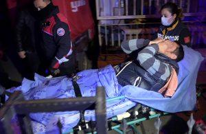 Antalya'da komşuların kömürlük kavgası: 2 yaralı