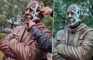 Bekir Coşkun heykeline çirkin saldırı