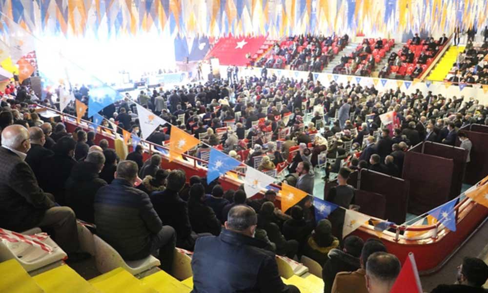 Vali AKP kongresini unuttu, 'Tabloyu daha iyiye çevirmek her birimizin sorumluluğunda' dedi