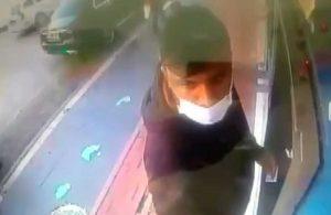 ATM'de işlem yapmak isteyen adama saldırıp, 7 bin lira çektiler