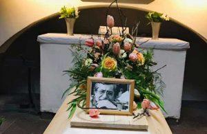 Yazar Demir Özlü Stockholm'de toprağa verildi