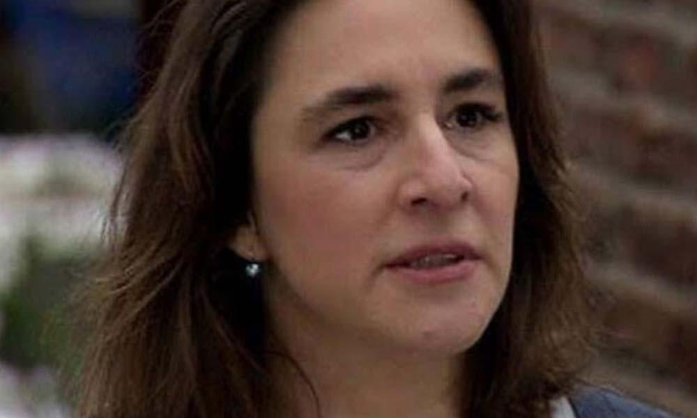 Esra Dermancıoğlu isyan etti: Beyinsizliğinizle yazıyorsunuz