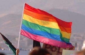 İtalya'da trans lise öğrencilerine isim seçme hakkı