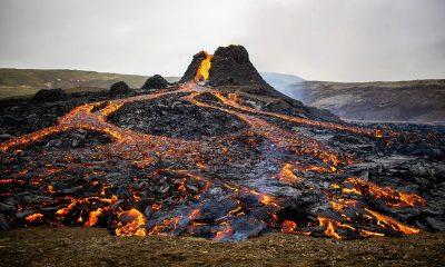 Tarihin en iyi yanardağ patlaması görüntüleri çekildi