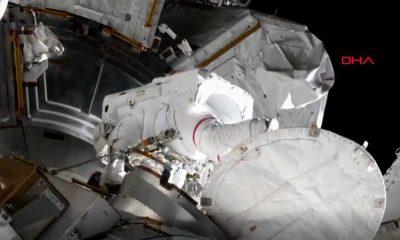 NASA astronotlarından uzay yürüyüşü