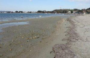 Çanakkale'de deniz suyu 20 metre kadar çekildi