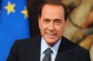 Berlusconi'nin hafta başından beri hastanede olduğu açıklandı
