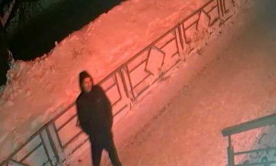 Kasiyerin uyuduğunu fark eden hırsız 12 bin ruble çaldı
