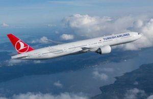 Bebek kalp krizi geçirdi, THY uçağı acil iniş yaptı