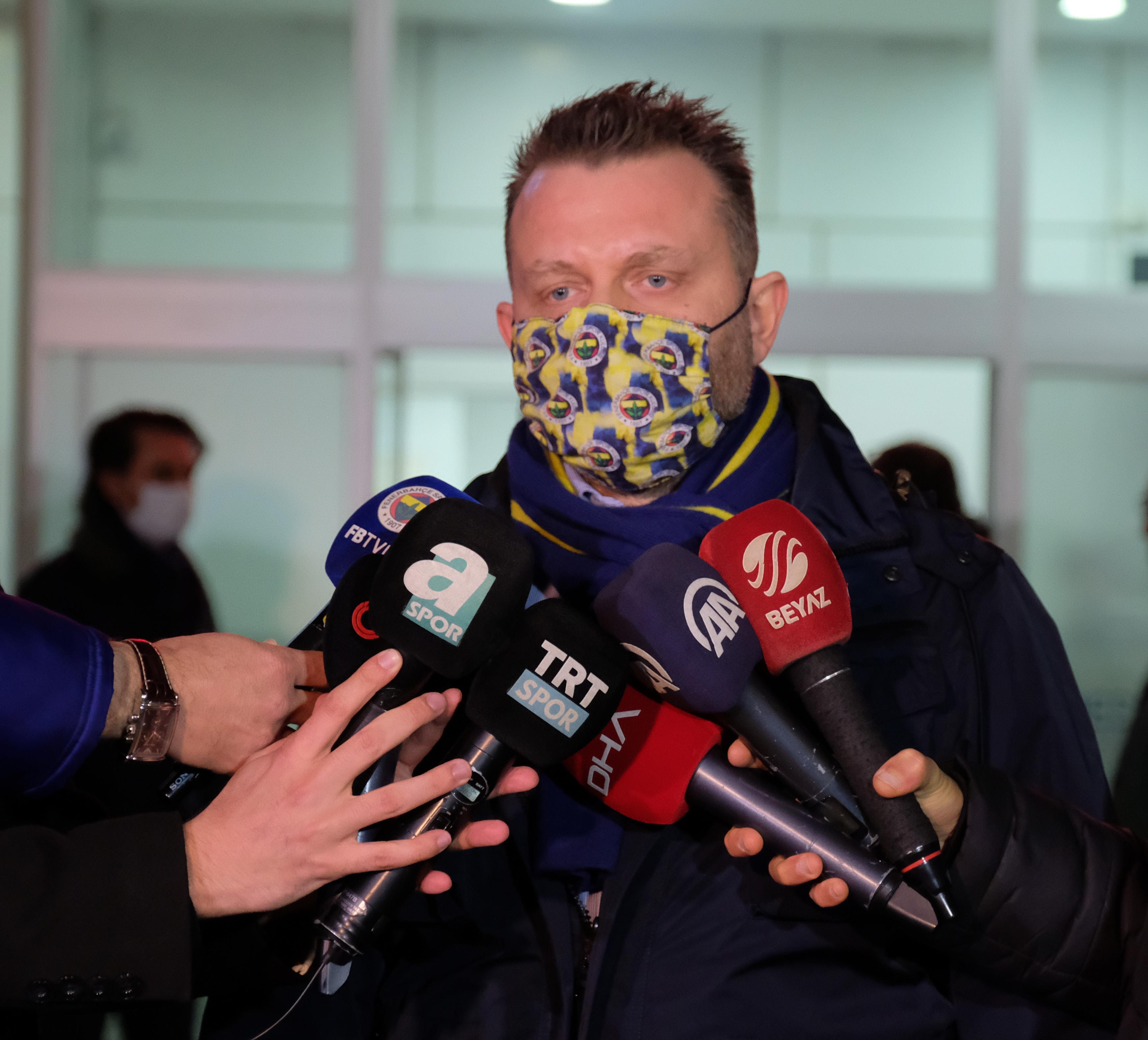 Fenerbahçeli yöneticiden Galatasaraylı oyuncuya sert çıkış: Herhalde milletvekili oldu