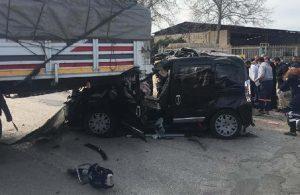 TIR'a çarpan hafif ticari araç hurdaya döndü: 4'ü ağır 5 yaralı